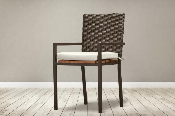 Makhaya Carver Chair